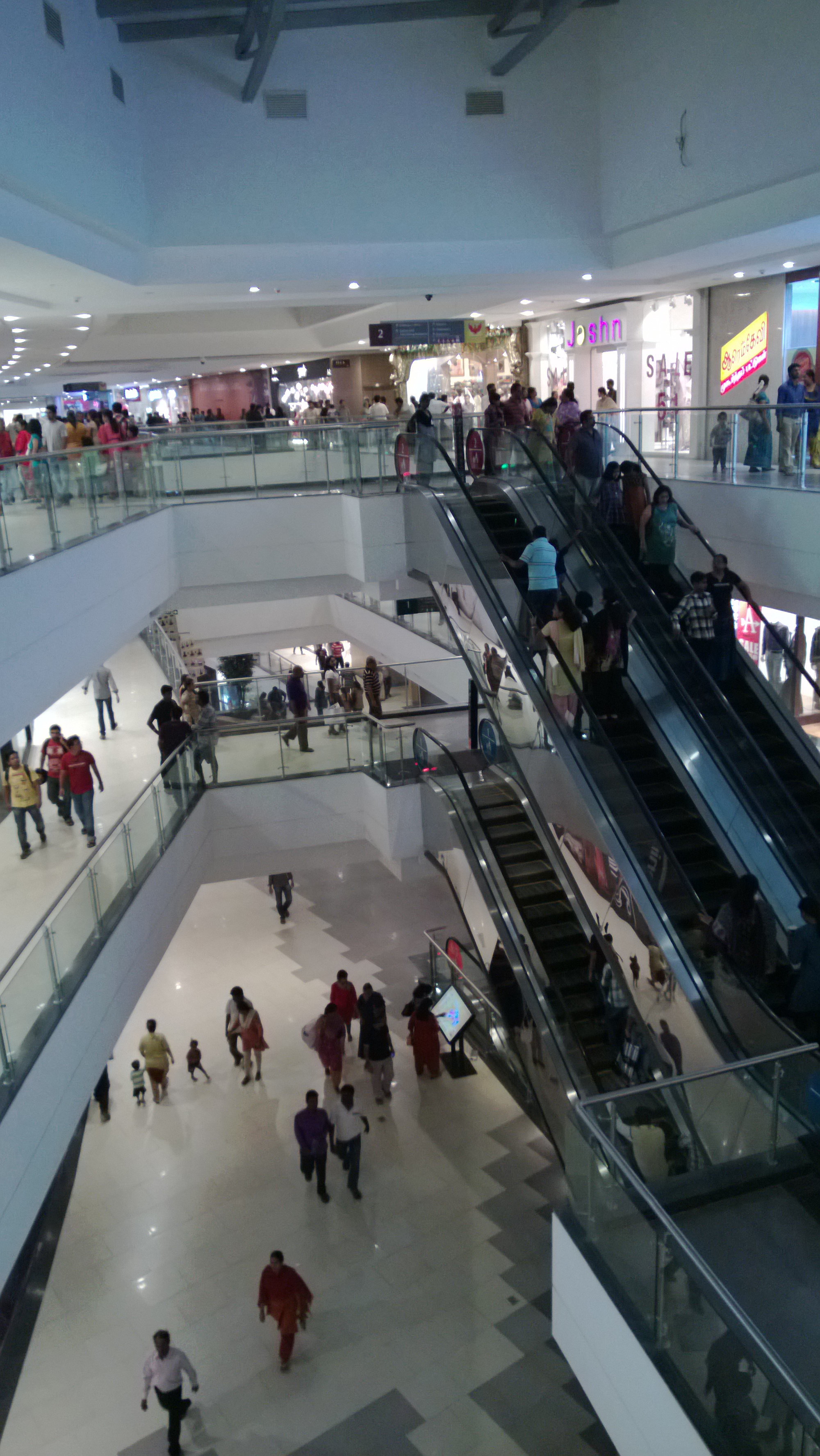 Escalators at Phoenix mall, Velachery, Chennai